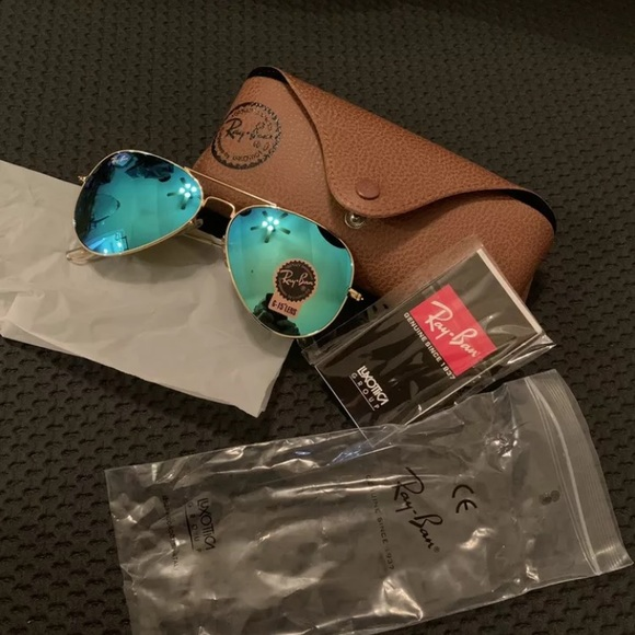 Ray-Ban Accessories - 58mm Aviator Ray Ban Gold Frame Blue To Green Lens